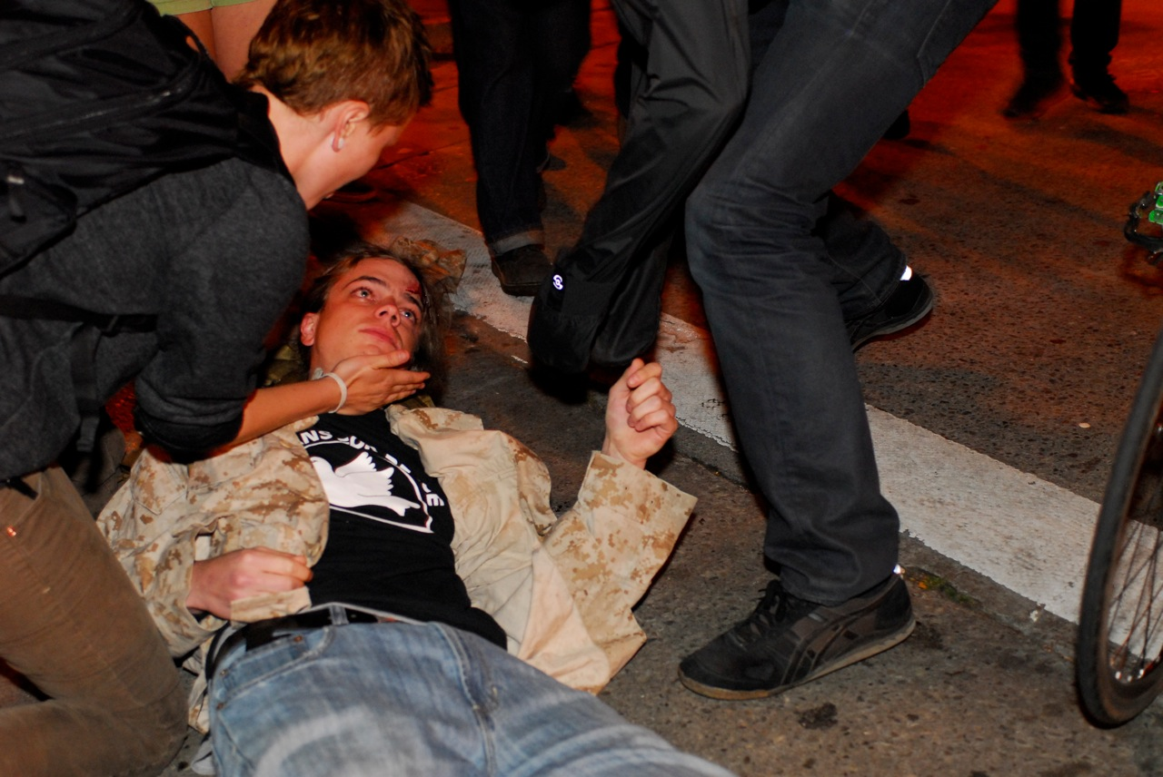 Scott Olsen, seriously injured by police projectile, Oakland, October 25, 2011 photo: Jay Finneburgh