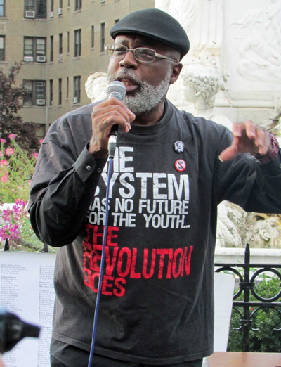 Carl Dix speaks at Bronx, New York, October 22 rally