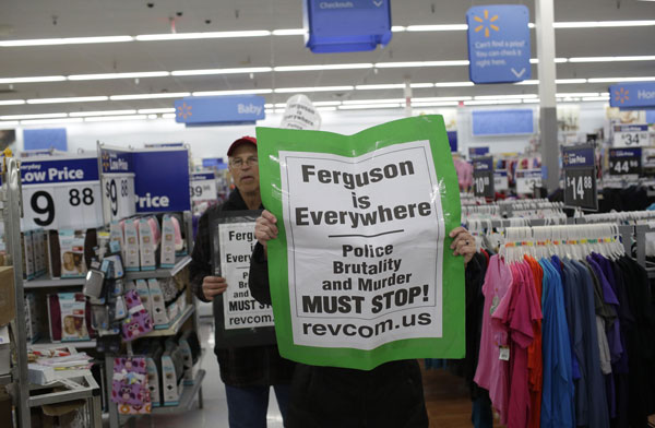 Protest at Ferguson Walmart, Black Friday November 28, 2014