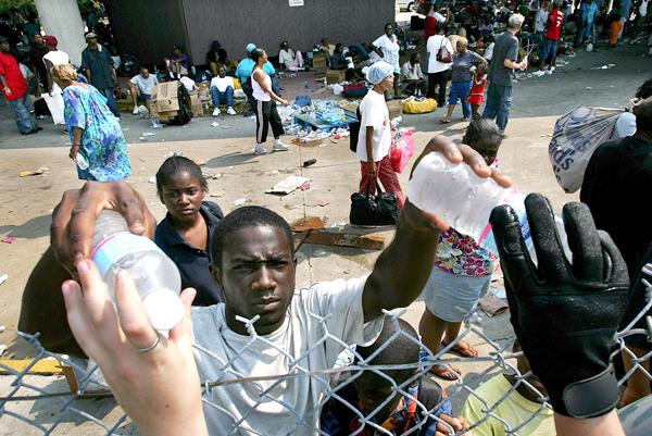 hurricane katrina victims - 600×401