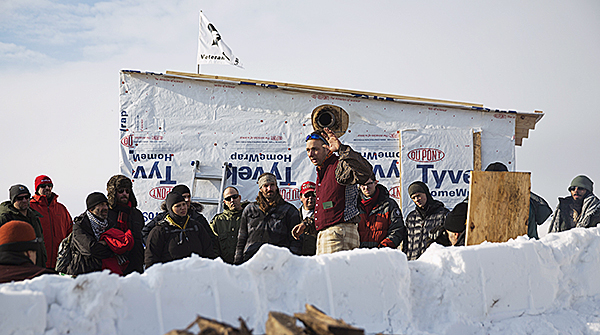 Some of the more than 2,000 veterans get briefed at Standing Rock, December 3. Photo: AP