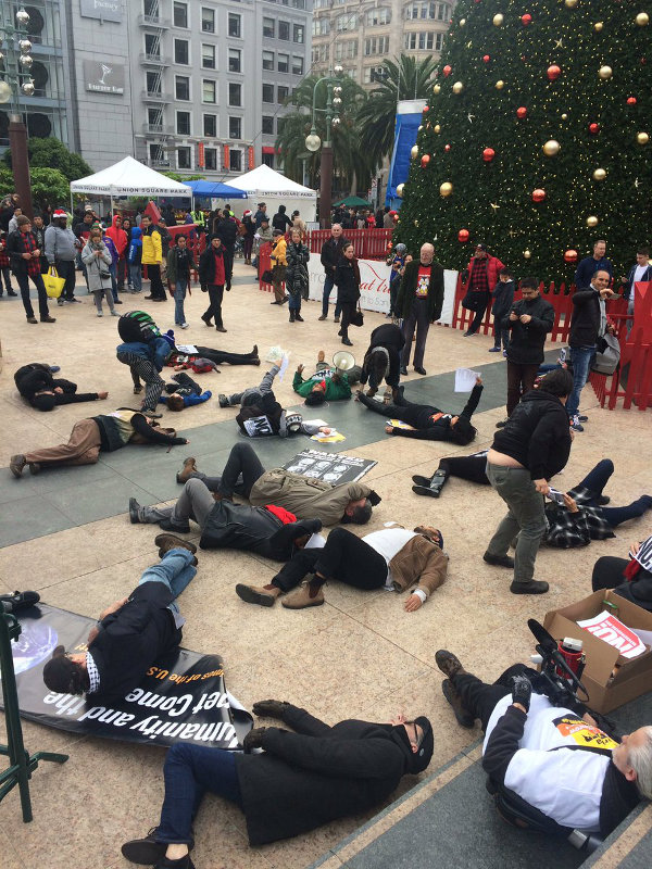 Die-in at Union Sq., San Francisco, December 25