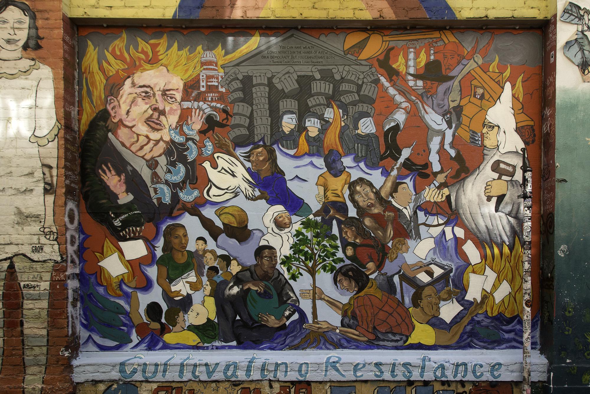 """""""Cultivando la resistencia"""", un mural por San Francisco Poster Syndicate"""