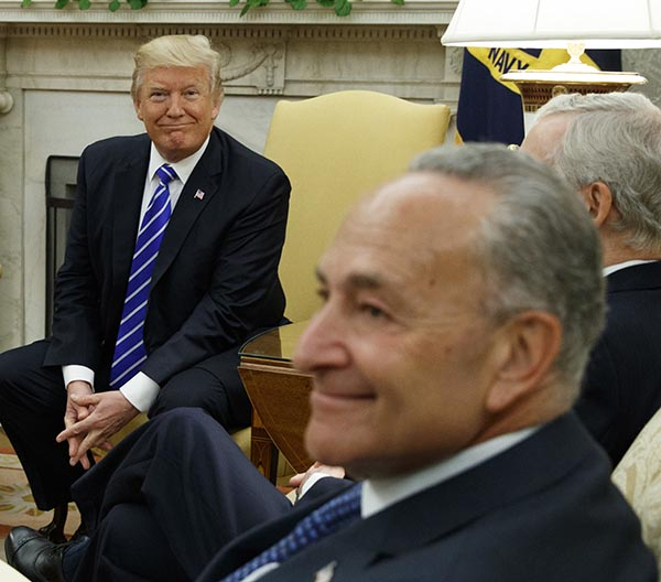 Chuck Schumer and Donald Trump in Oval Office