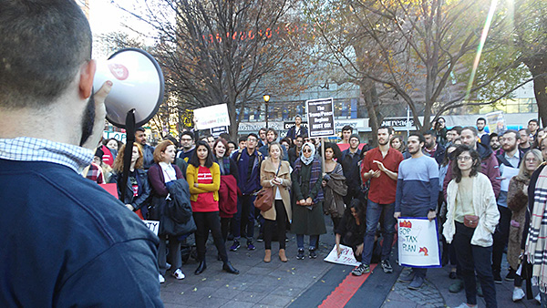 Graduate Students rally at Union square