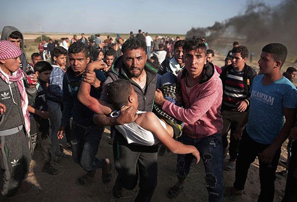 Palestinian man shot by Israeli troops near Gaza